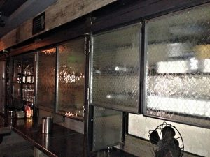 The Acqua Al 2 restaurant in Washington, DC, uses hammered chicken wire glass to cover storage areas. Casement windows are made from a patchwork of chicken wire glass of various textures.