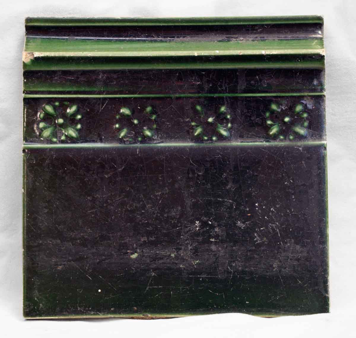 Antique Hunter Green Floral Wall Trim Tile
