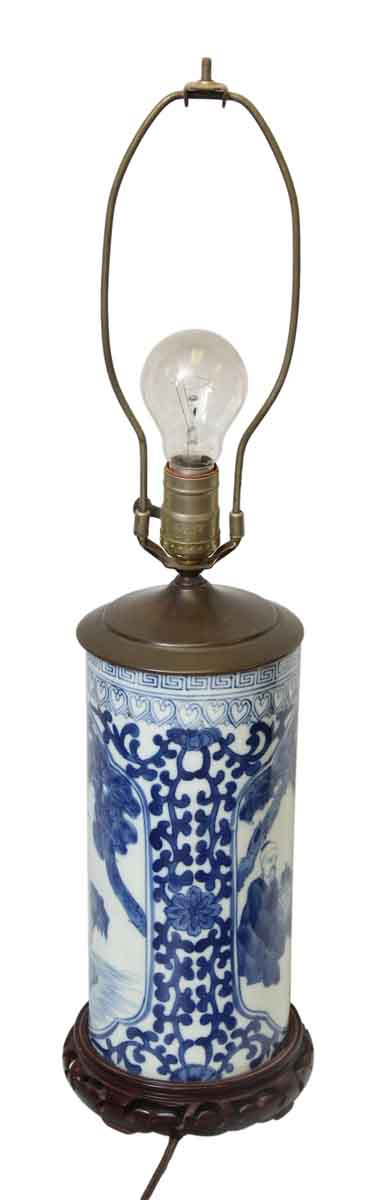 Oriental Ceramic & Wood Base Lamp