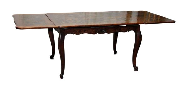 Queen Anne Table with End Extensions