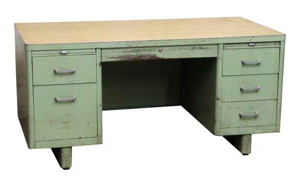 Green Steel Tanker Desk