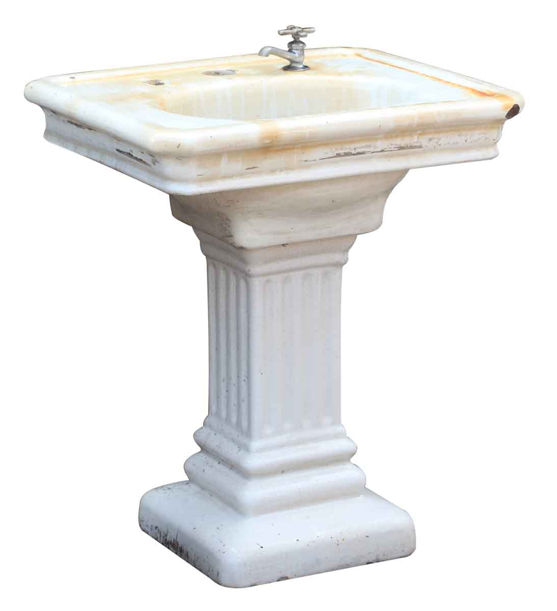 fluted porcelain finished earthenware sink with pedestal