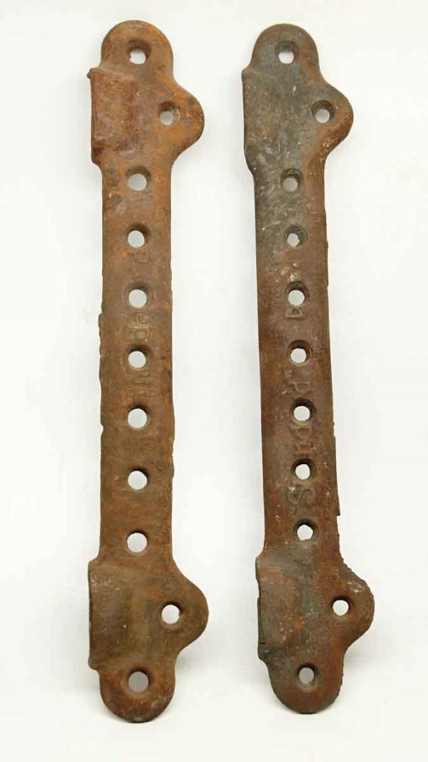 Pair of Iron Vintage Sink Brackets - Bathroom