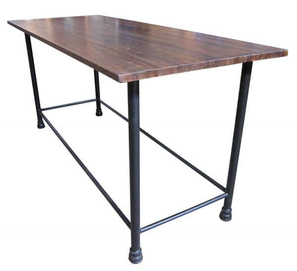 Industrial Flooring Bar Table with Pipe Legs