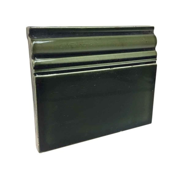 Bull Nose & Cap Tiles - Green Baseboard Tile P261789