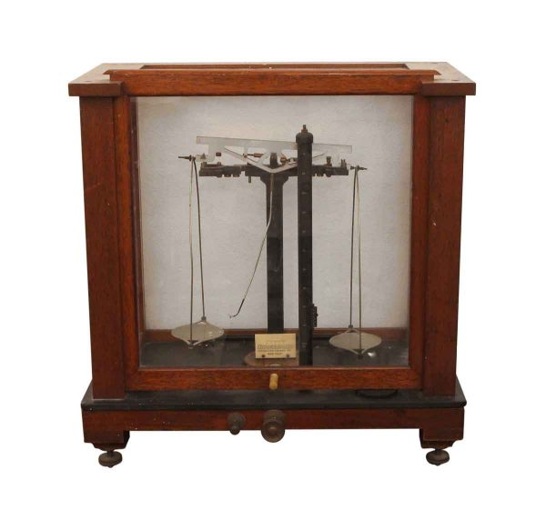 Scales - Chainomatic Wood & Glass Analytical Scale