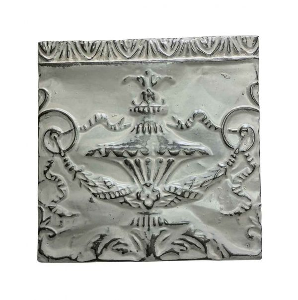 Tin Panels - Antique White Wreath Design Tin Panel