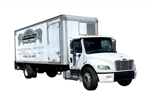 Machinery - 2006 Freightliner Non CDL 24 Ft. Box Truck