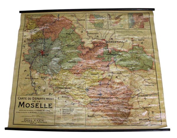 Globes & Maps - 1921 French School Wall Map