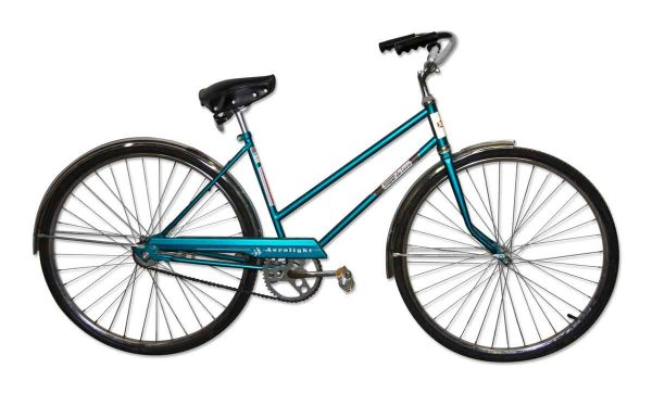 Bicycles - Vintage Womens Blue 10 Speed Roll Fast Bicycle