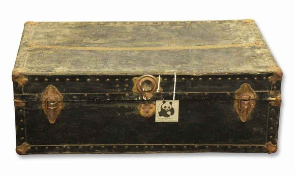 Trunks - Old Fashioned Rose Trunk Manufacturing Co. Travel Trunk
