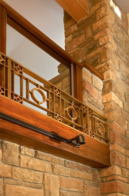 Brasswork is used as an accent to the railing above.